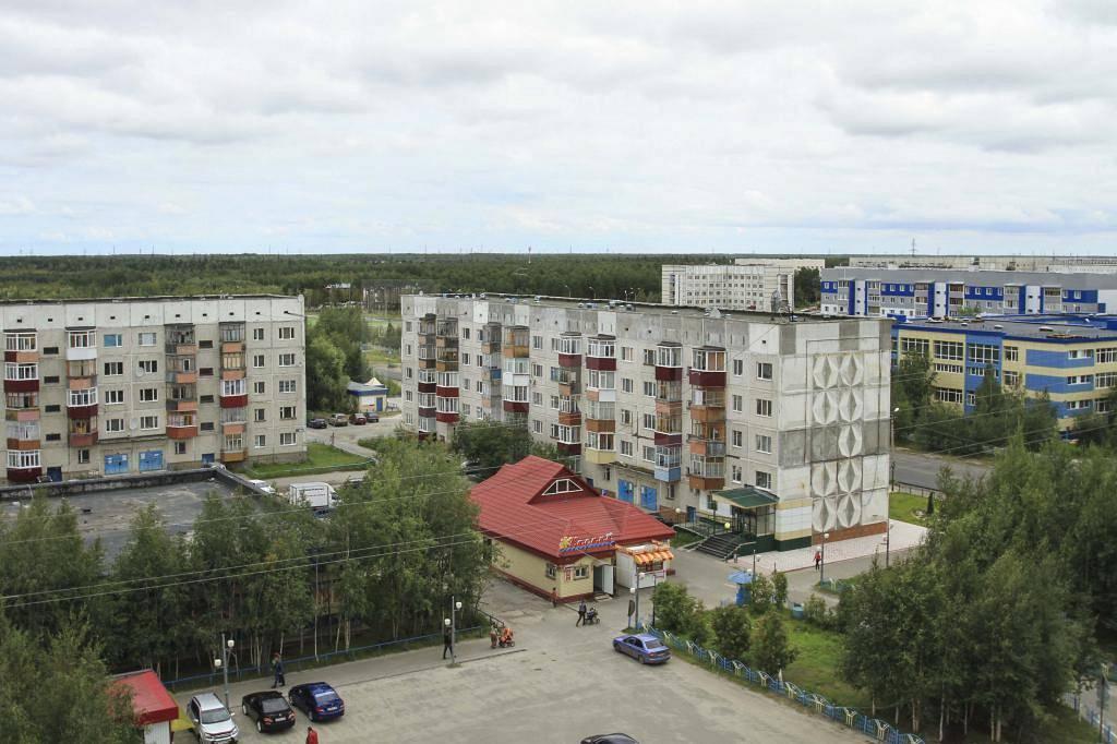 Поселок Федоровский в зелени