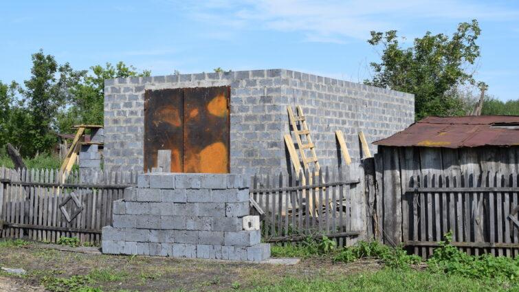 Строящийся гараж